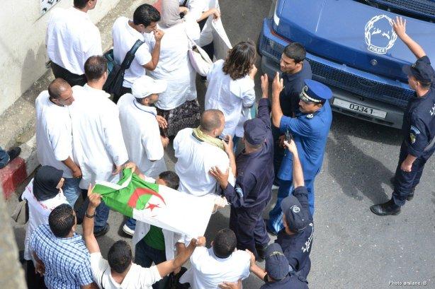 Sit-in empeché par la police 04/07/2011